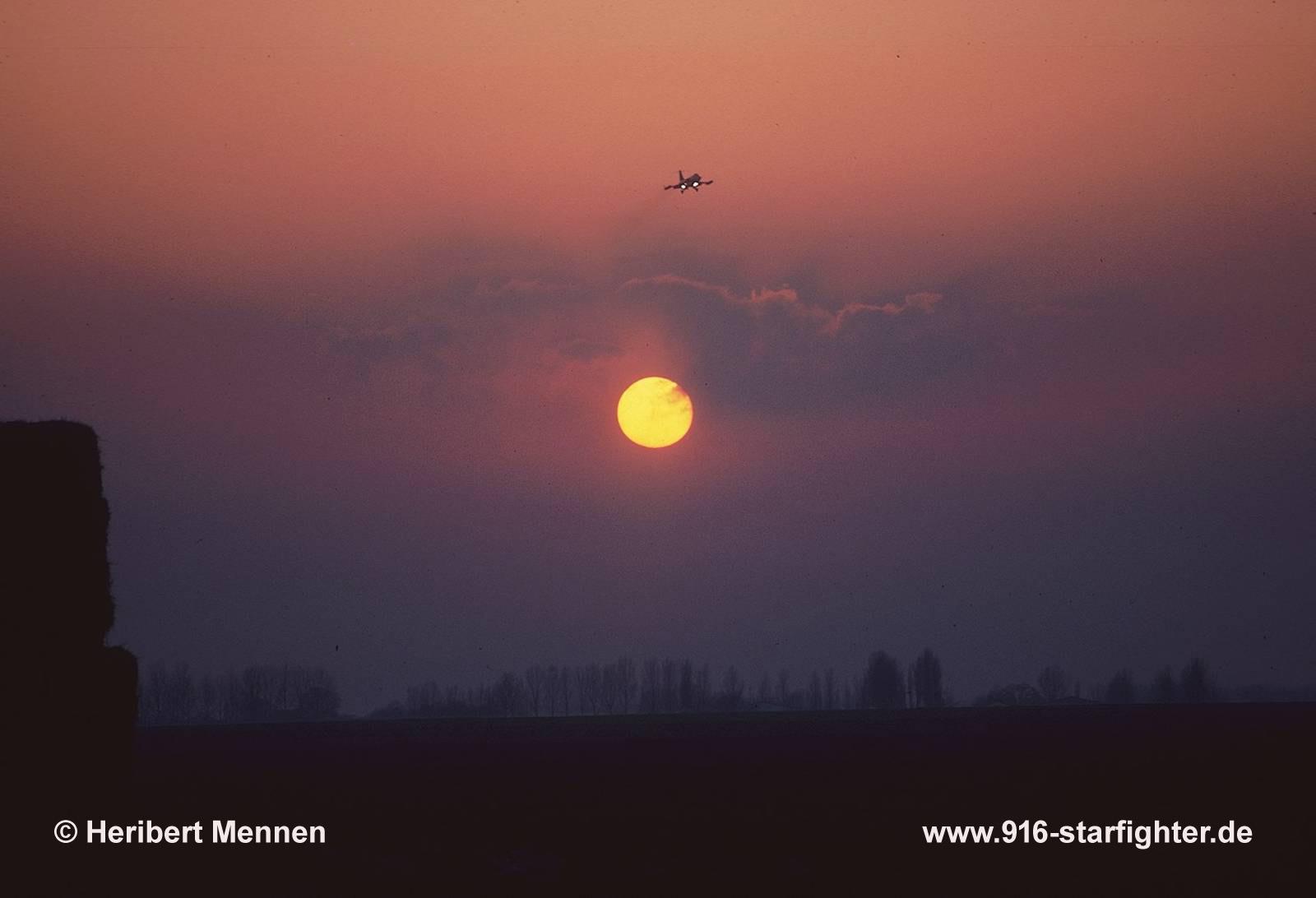 916 starfighter - Vendre des photos de star ...